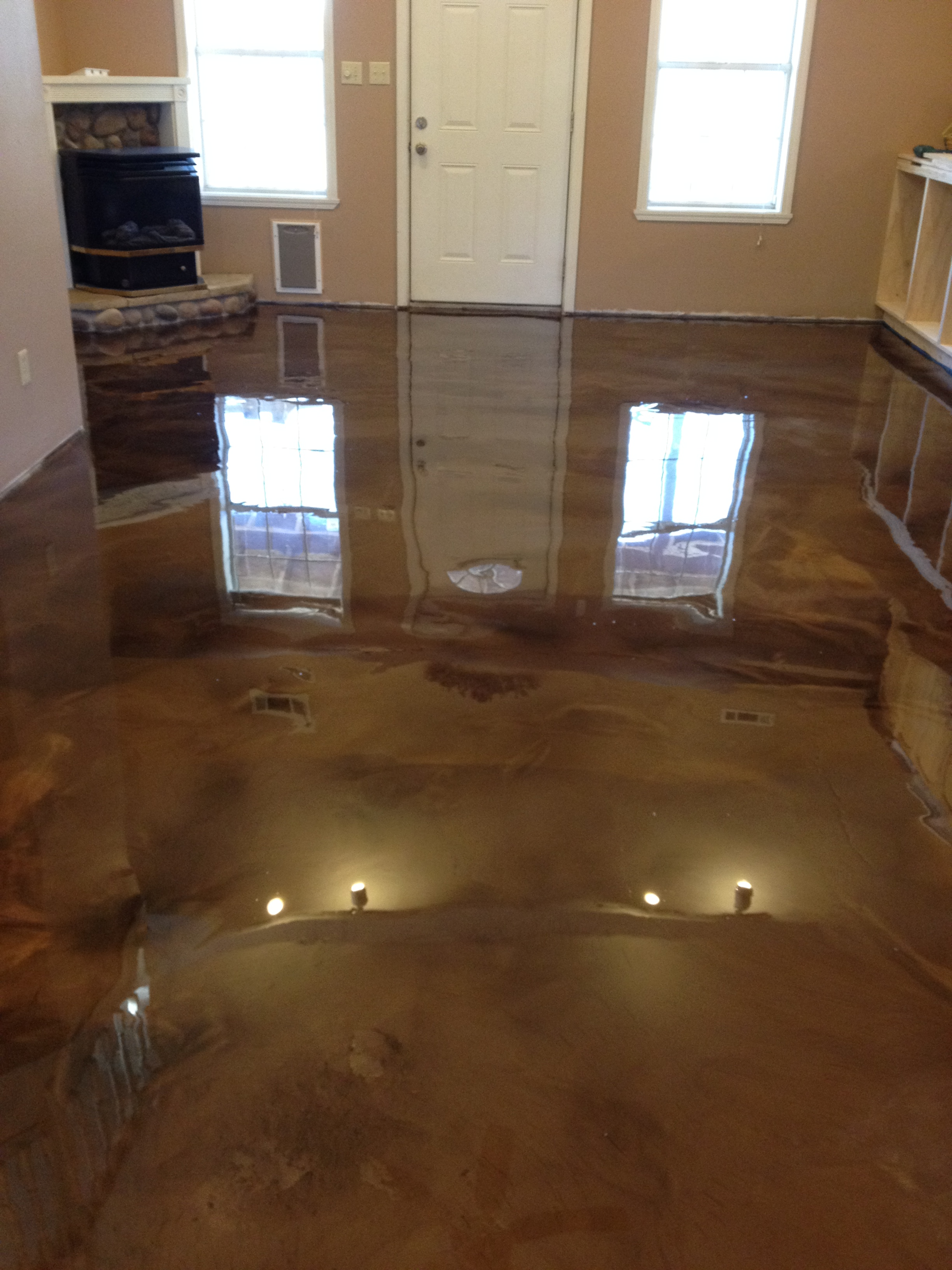Reflection Enhanced Epoxy Concrete System Glossy Floors