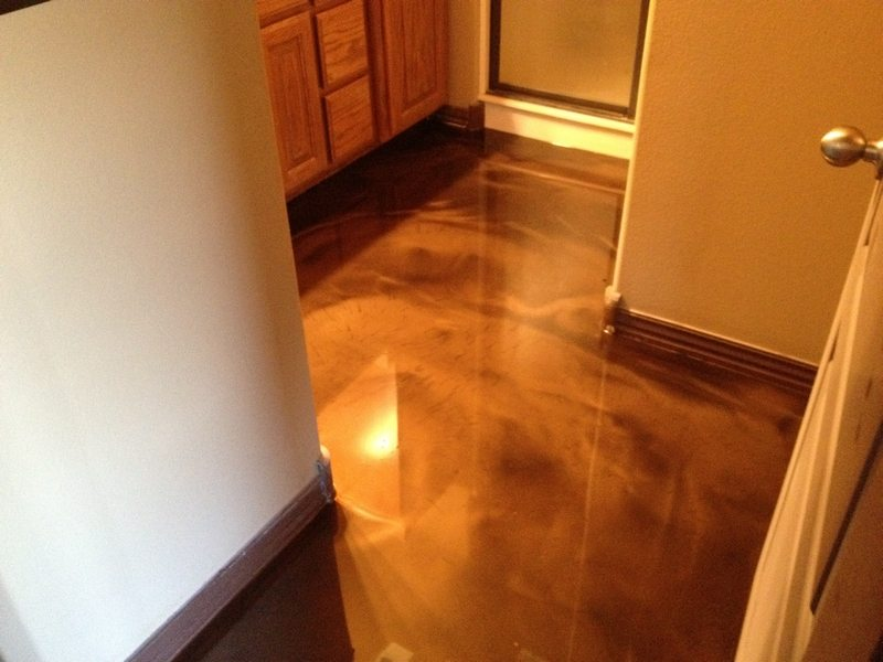 Epoxy flooring gallery glossy floors for Polished concrete floor bathroom