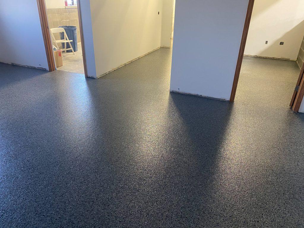 Epoxy Flake Floor (Nightfall B-715)